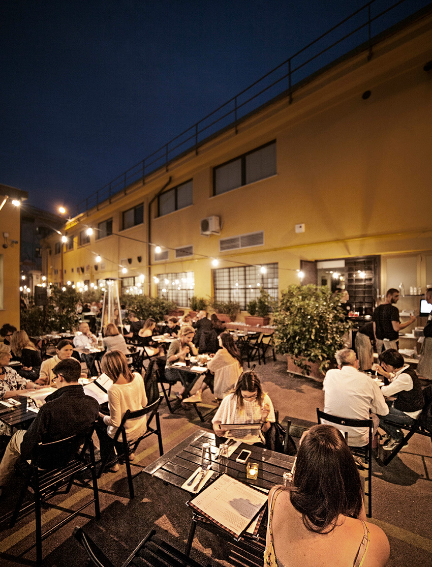 Italian Restaurant Lakeshore Montreal